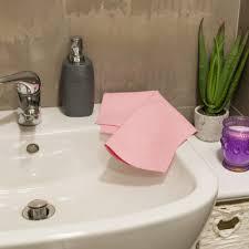 Pulire il bagno