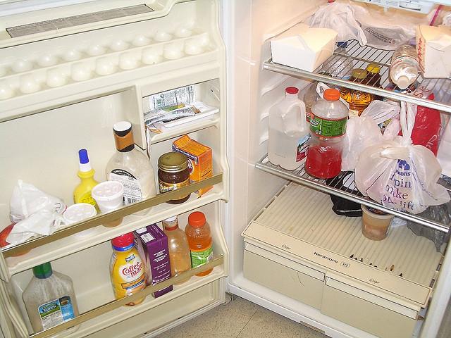 Come pulire il frigo e il freezer